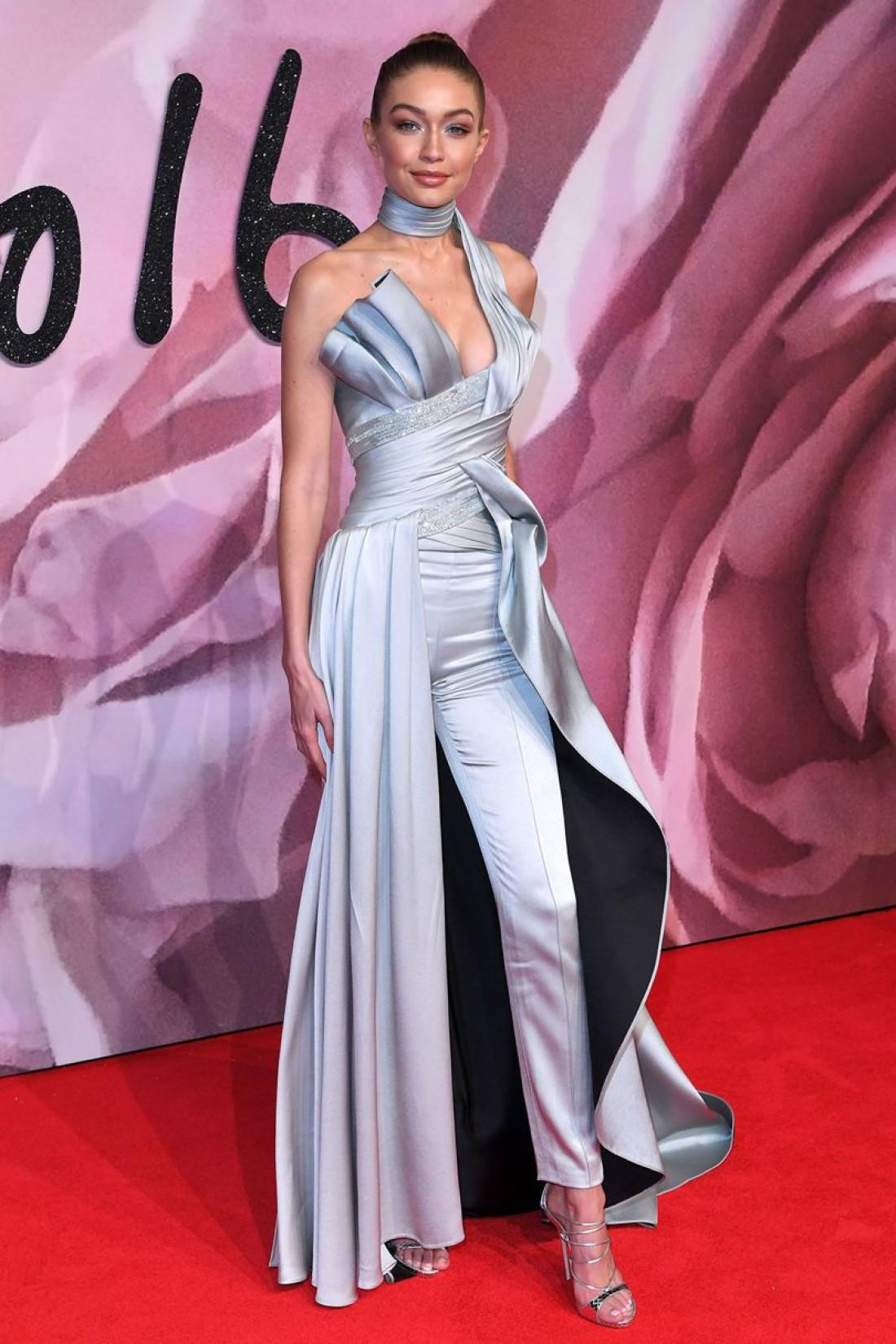 Топ-модель Джиджи Хадид стала Лучшей международной моделью