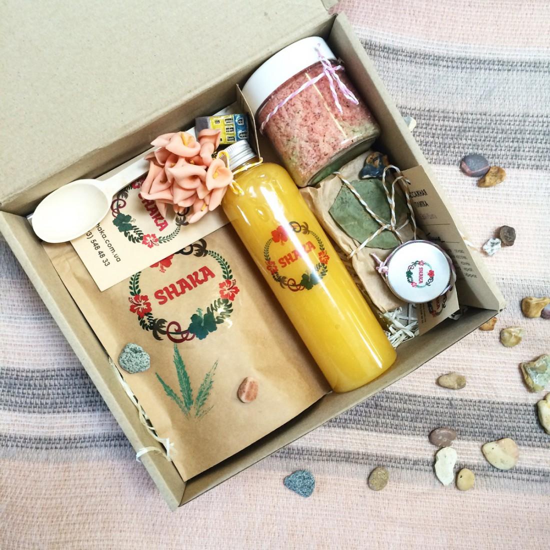 Коробочка с самыми актуальными продуктами сезона от Shaka
