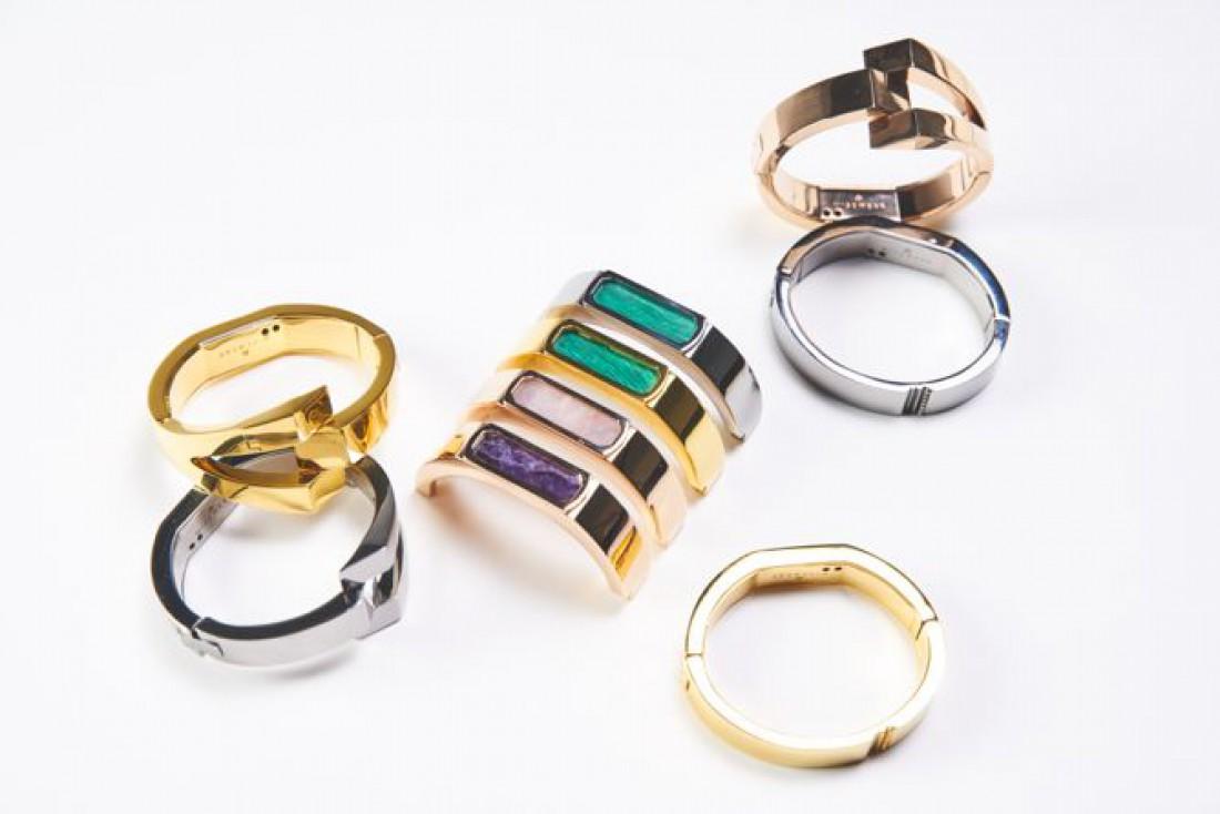 Браслеты представлены в трех оттенках: золото, серебро и розовое золото