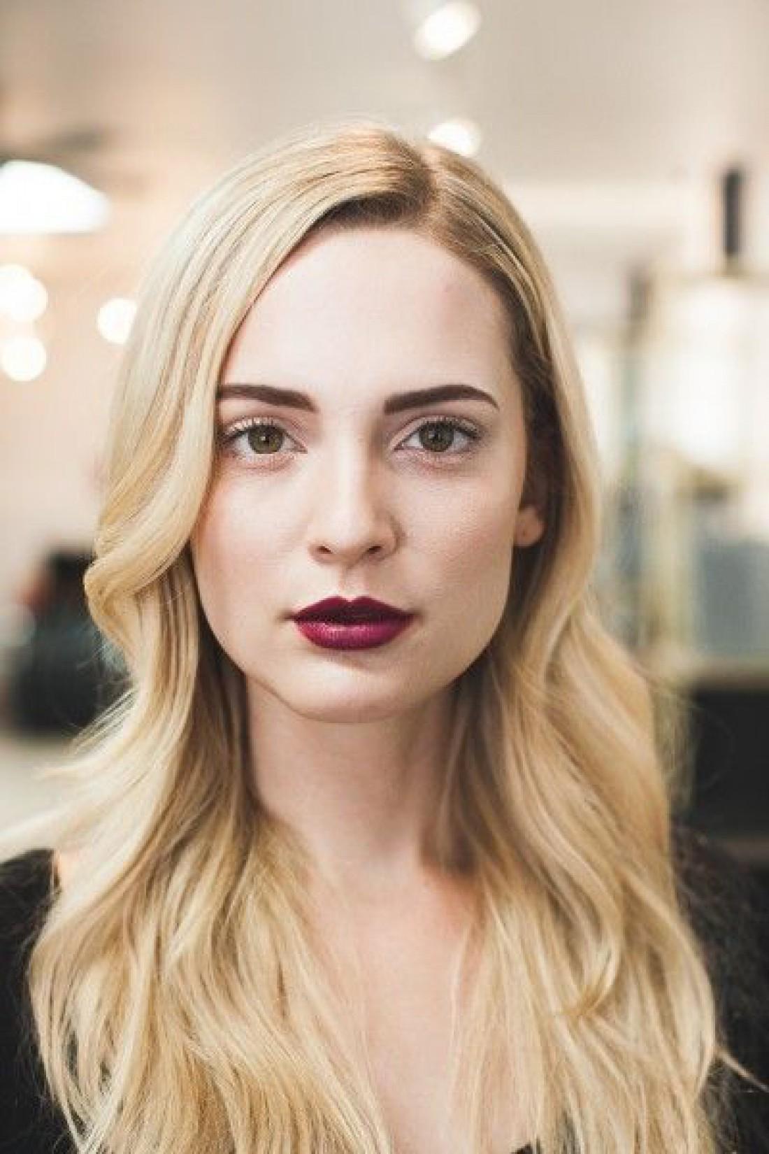 Модные оттенки помад на лето 2019 для блондинок, брюнеток и рыжих