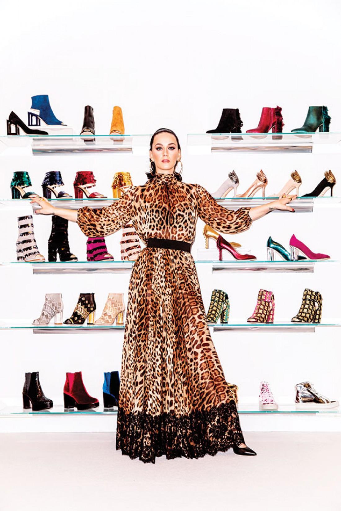 Кэти Перри стала главной героиней журнала Footwear News