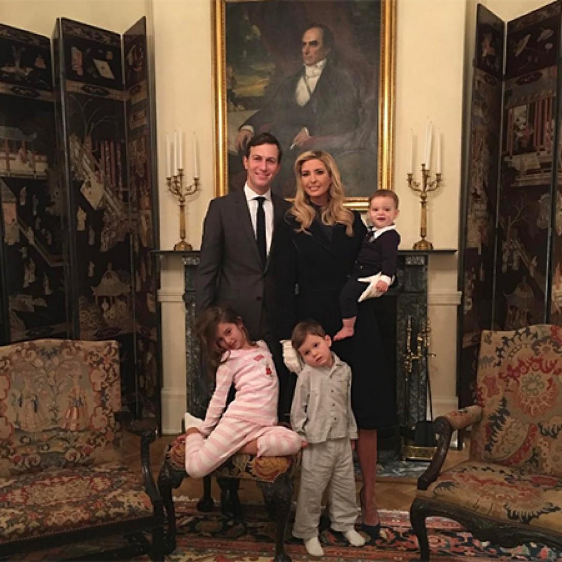 Иванка Трамп с мужем и детьми