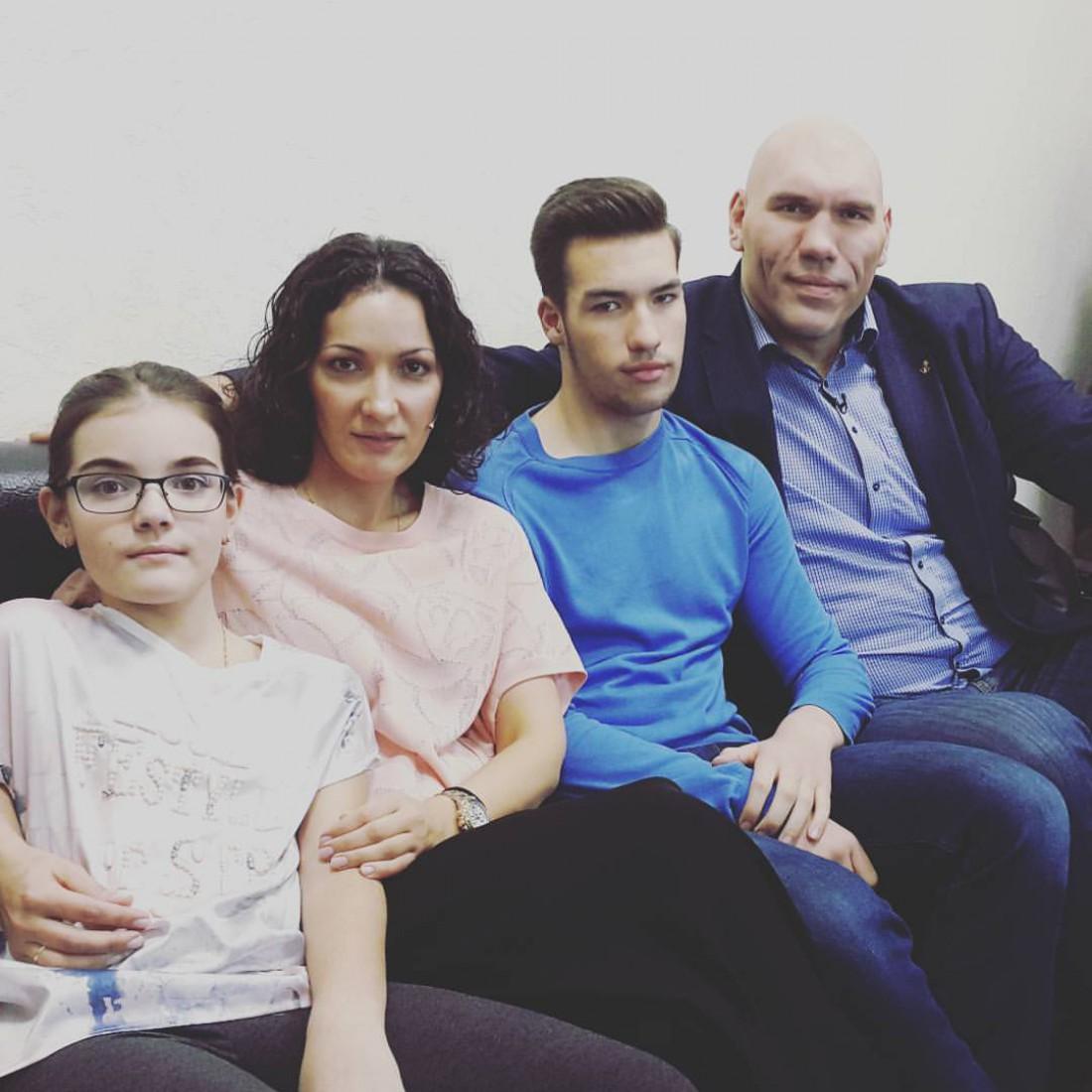 Семья бывшего боксера