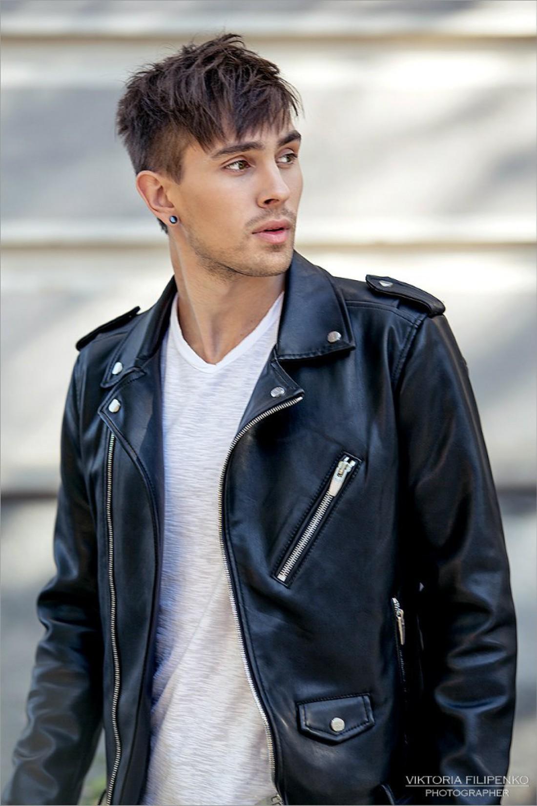 Евровидение 2017 Украина: фронтмен группы LUMIERE Роман Веремейчик