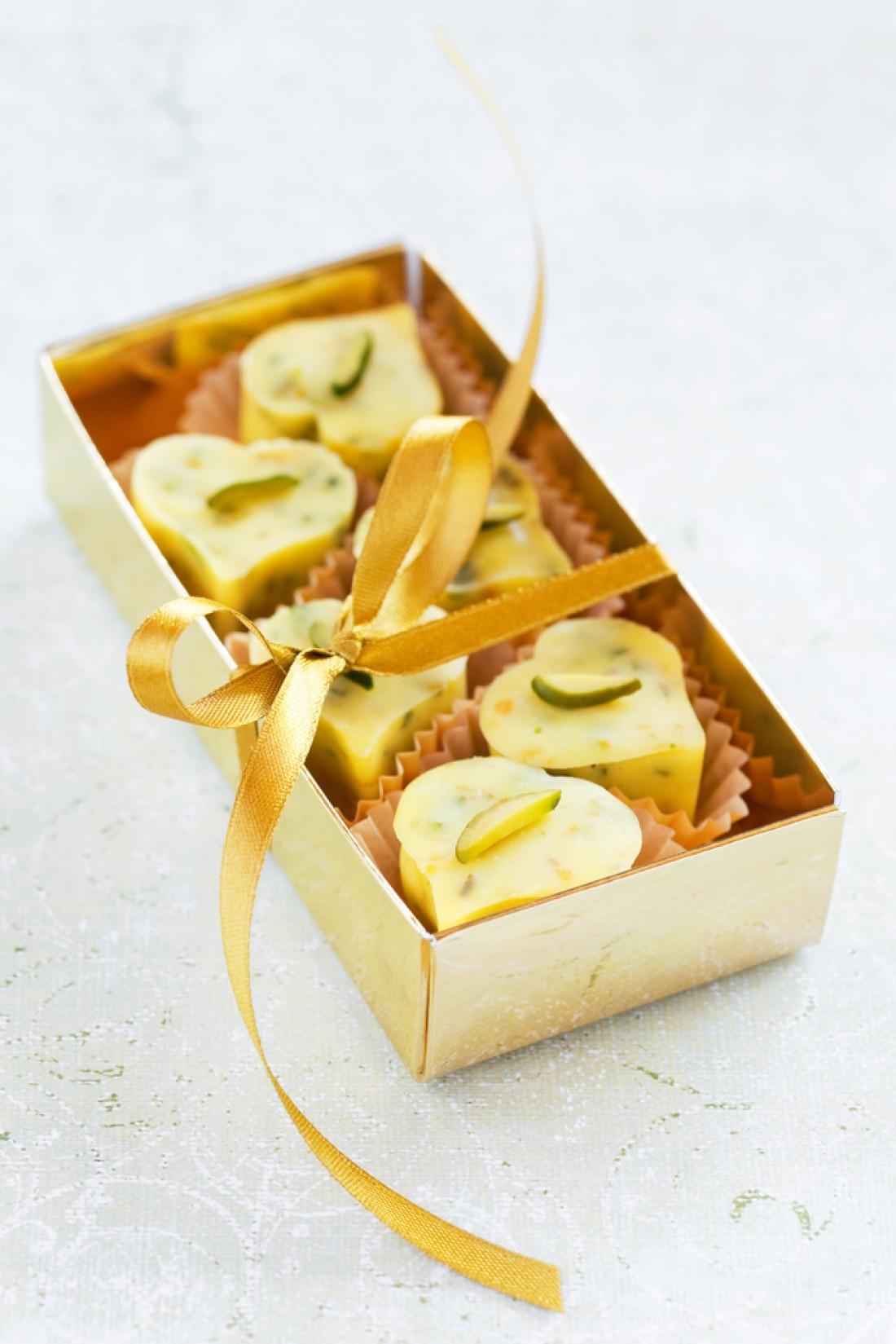 Конфеты на День Валентина из белого шоколада