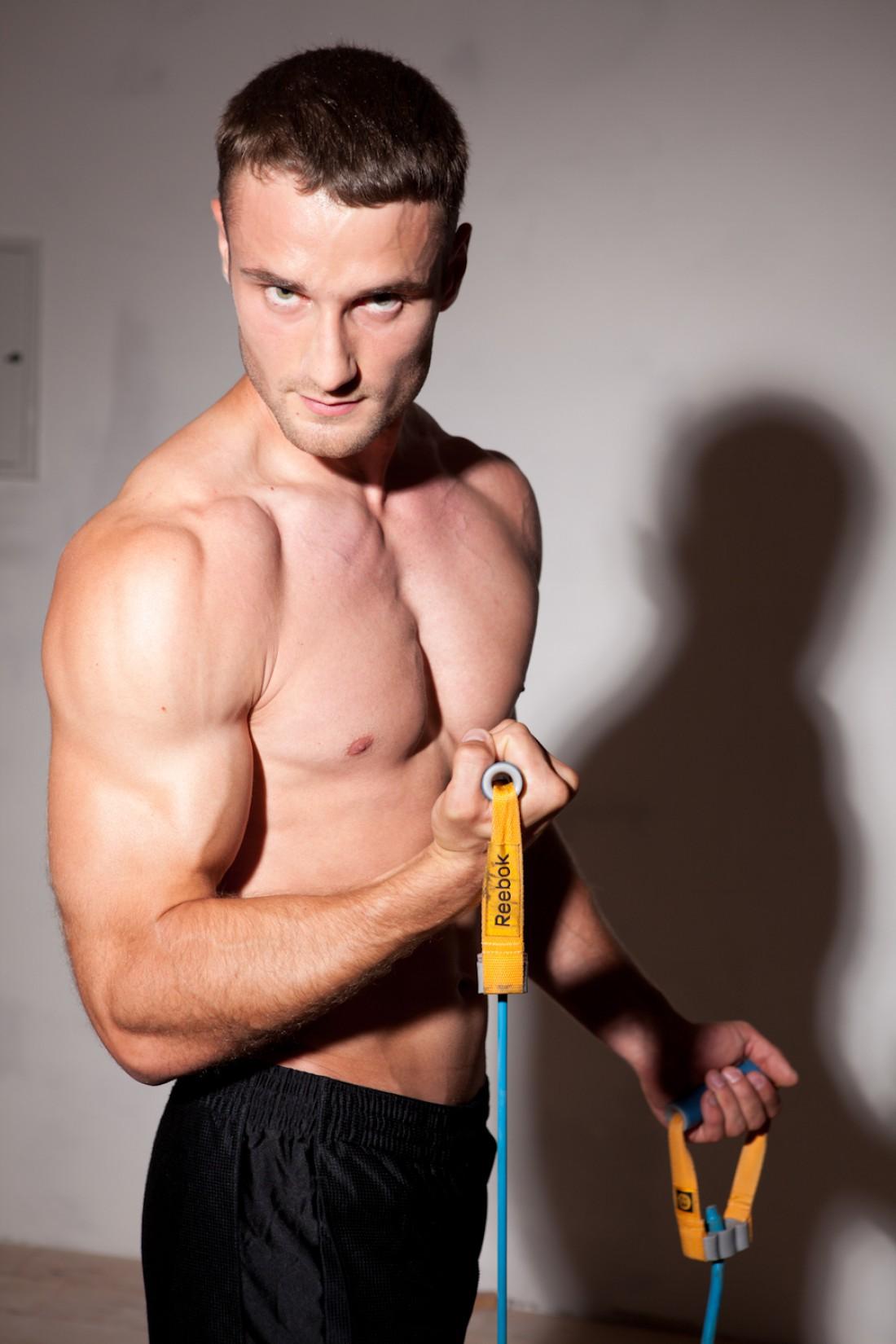 Владимир Олейник, мастер спорта по пауэрлифтингу, тренер BodyArt fitness