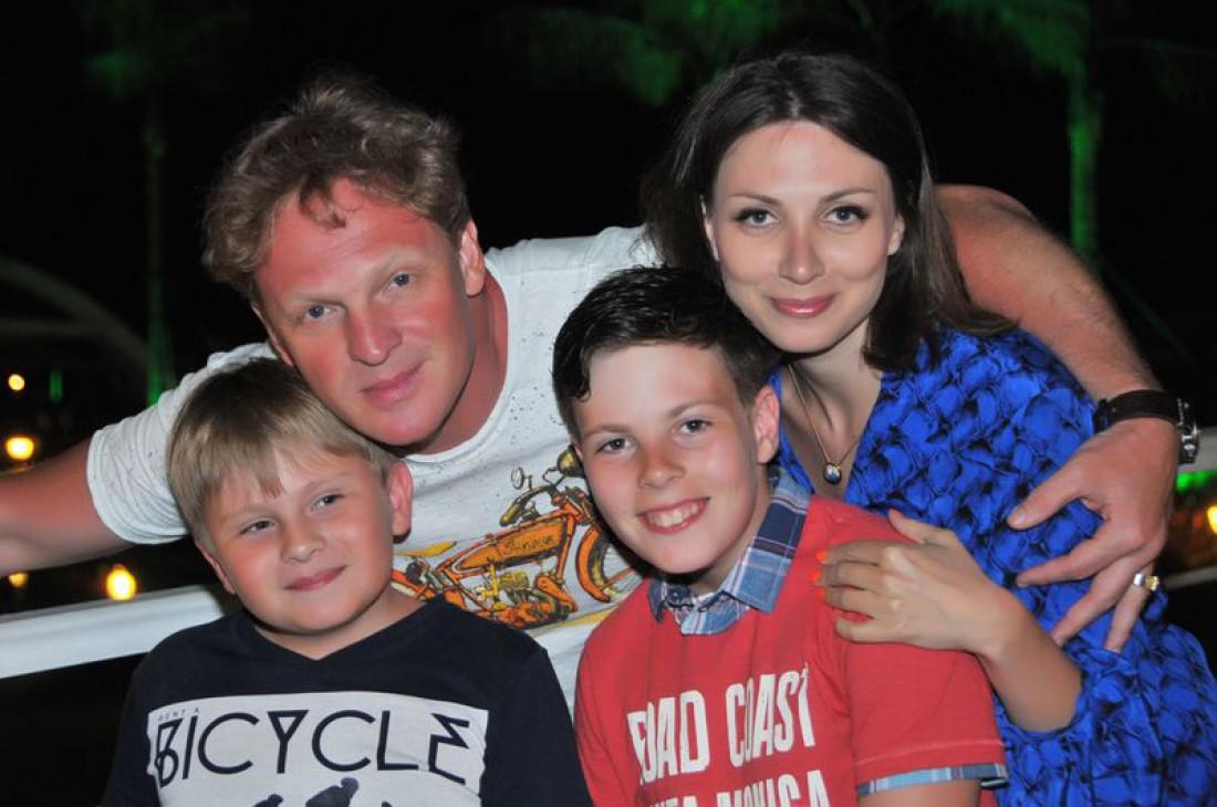 Сергей Писаренко со своей семьей