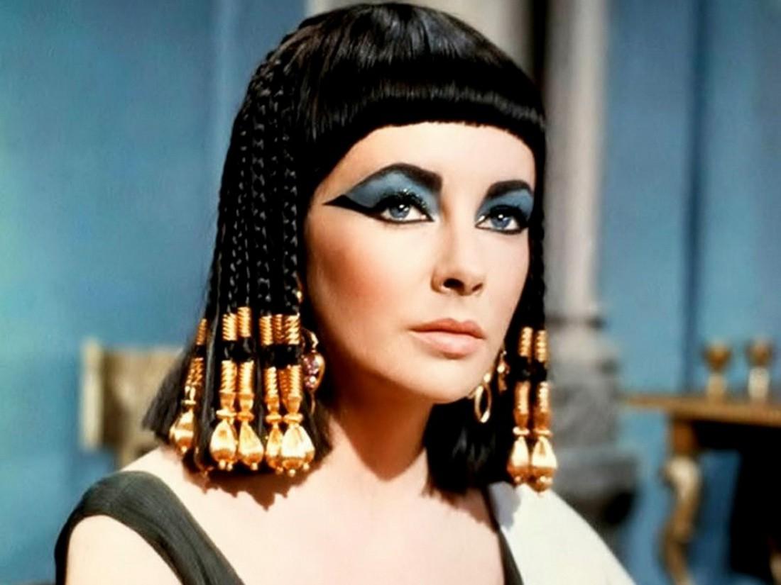 Какой цвет волос был у клеопатры