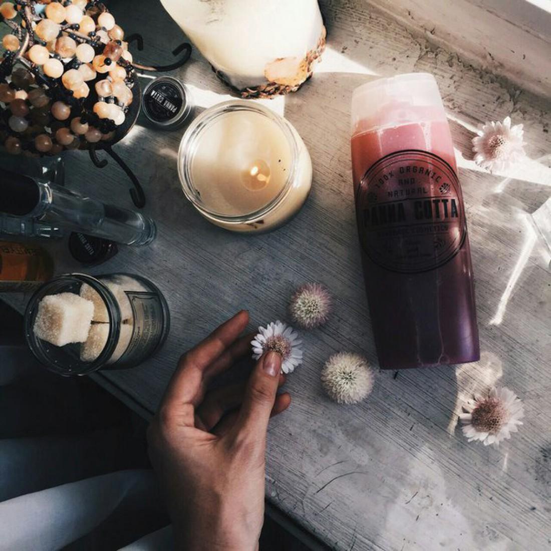 Натуральный гель для душа с ароматом лесных ягод Panna Cotta, 70 грн.
