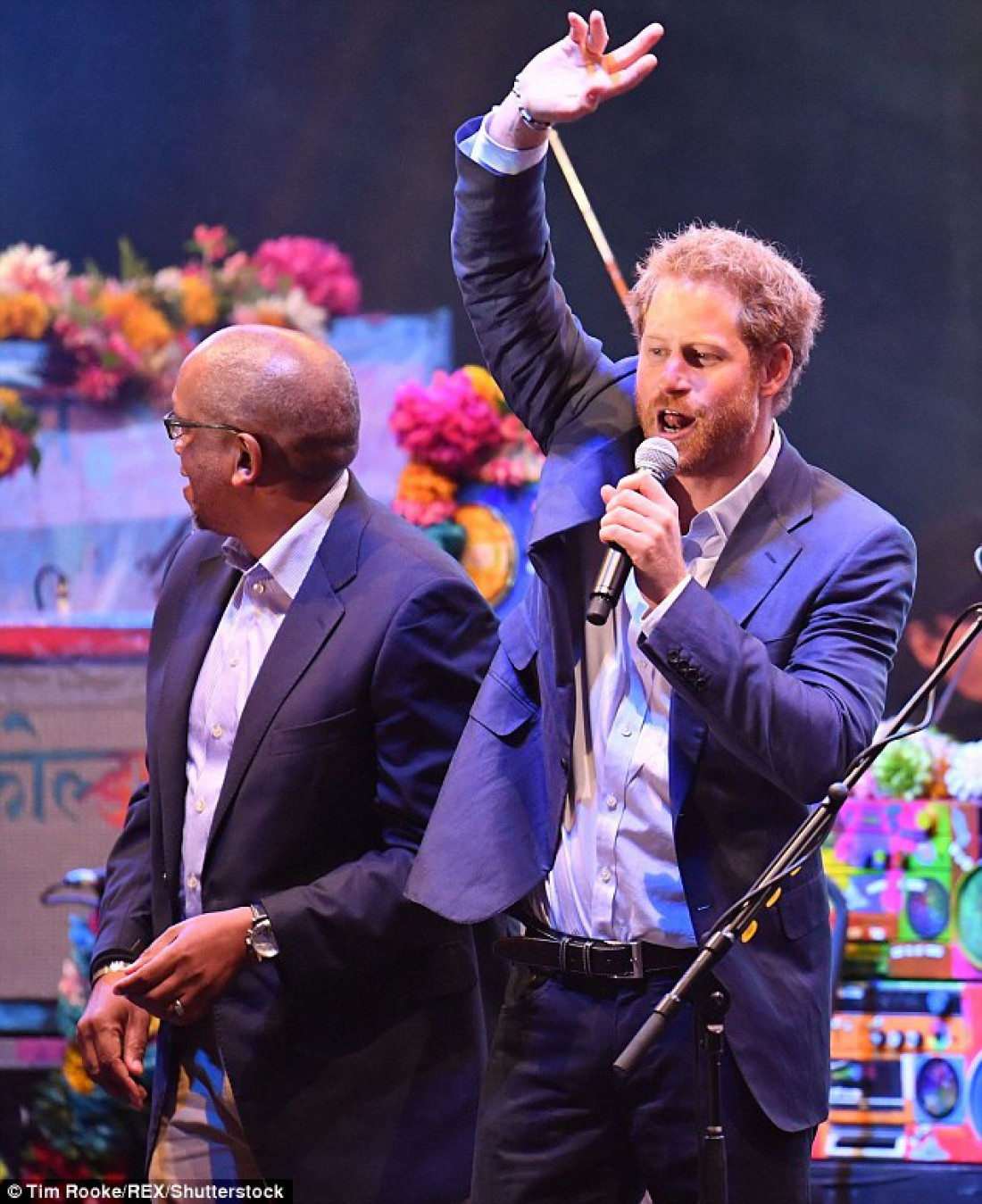 Принц Гарри на концерте Coldplay