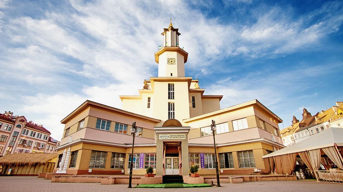 Вдохновляющий отдых в Ивано-Франковске: куда пойти и на что посмотреть