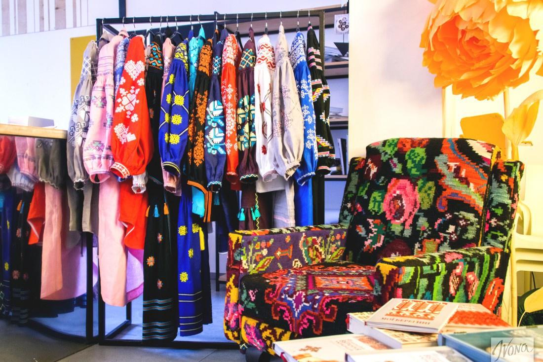 Наряды от Varenyky Fashion оберегают и напоминают о женственности