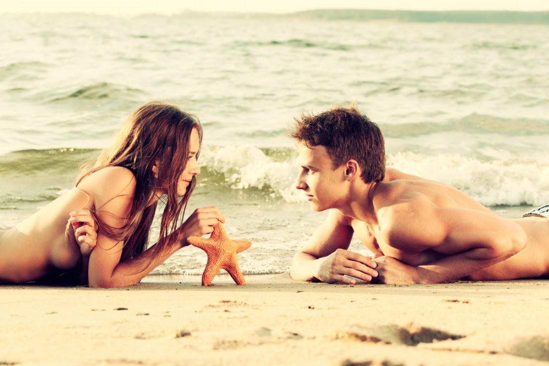 Секс пляж отношения