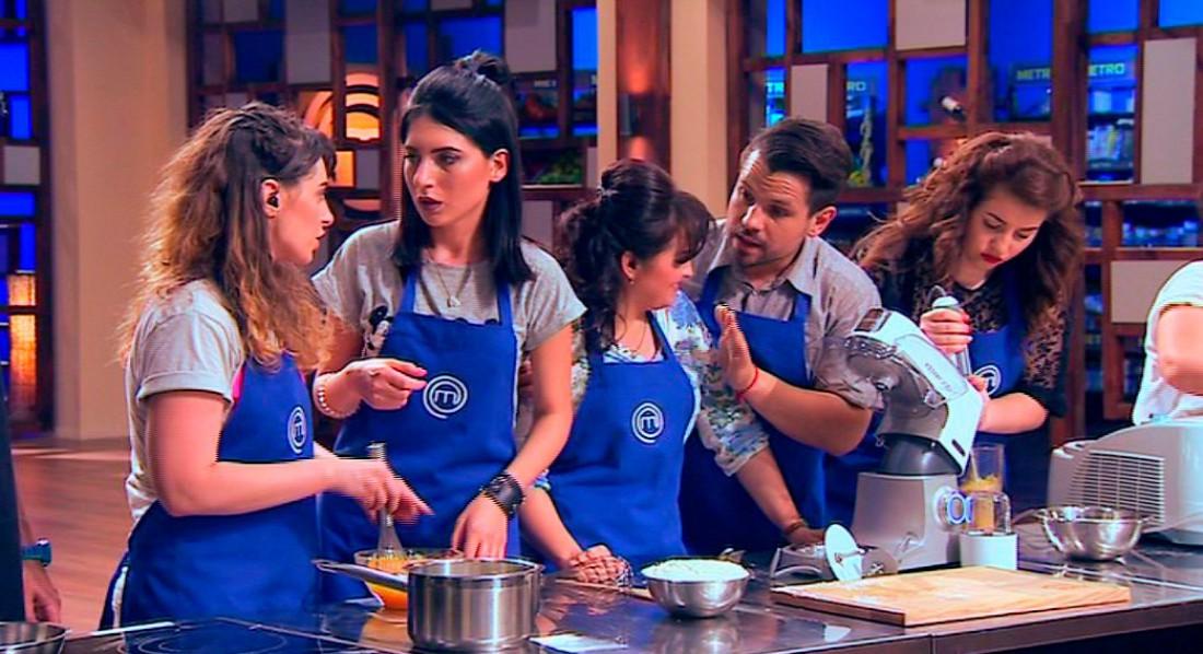 МастерШеф 6 сезон 6 выпуск: синяя команда должна была приготовить десерт