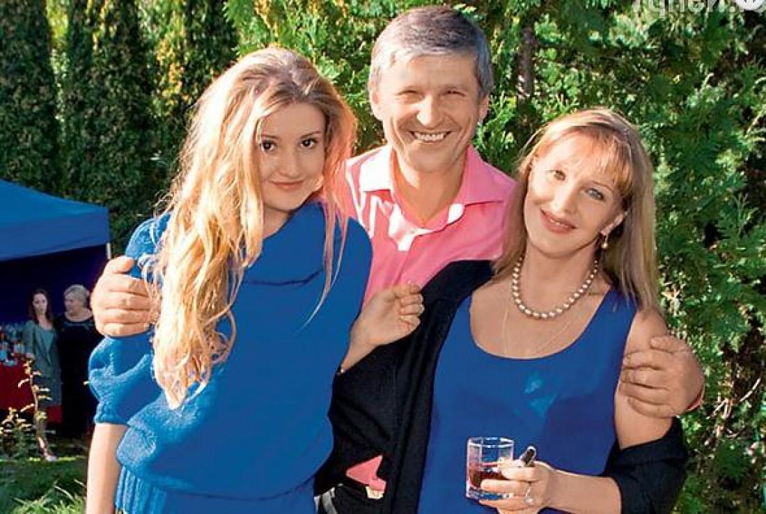 Елена Проклова с Андреем Тришиным и дочкой Полиной