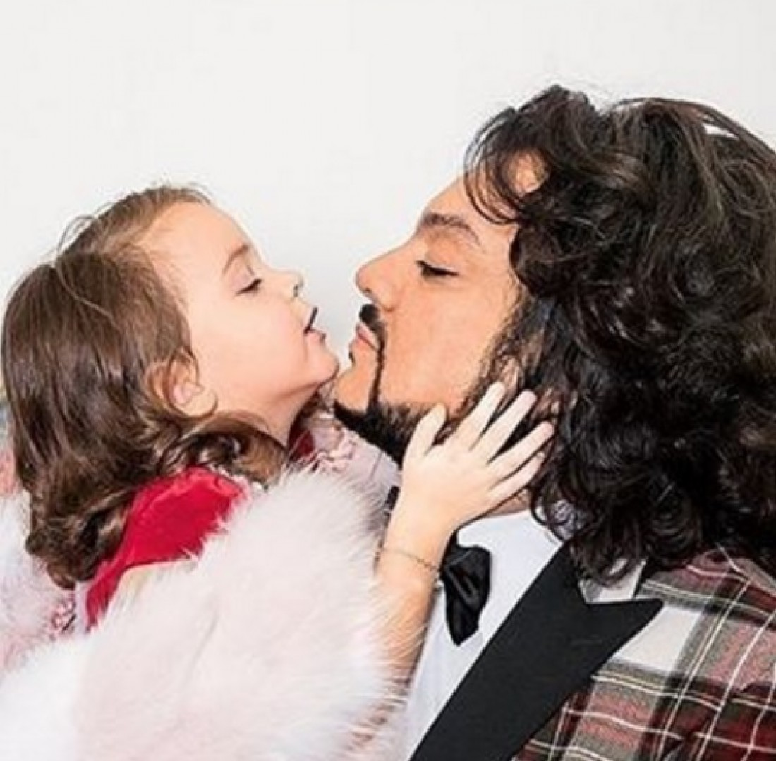 Папа устроил секс с дочь видео
