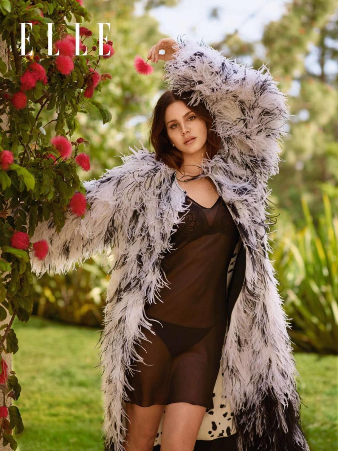 Лана Дель Рей в новой фотосессии Elle UK
