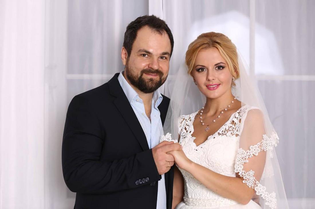 Эдуард Диля Приступа с избранницей Яной