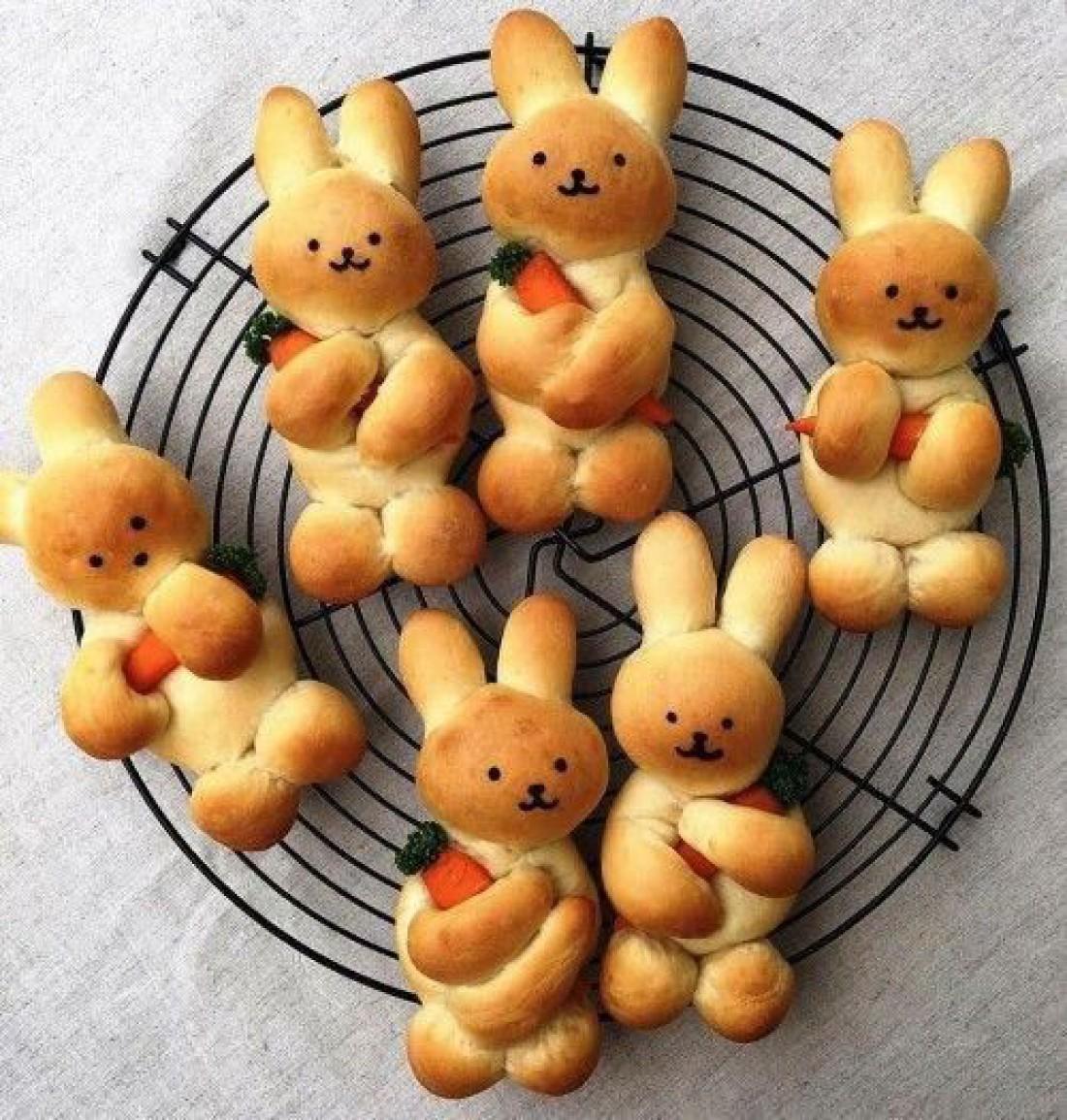 Что приготовить на католическую Пасху: Слоеные кролики с начинкой