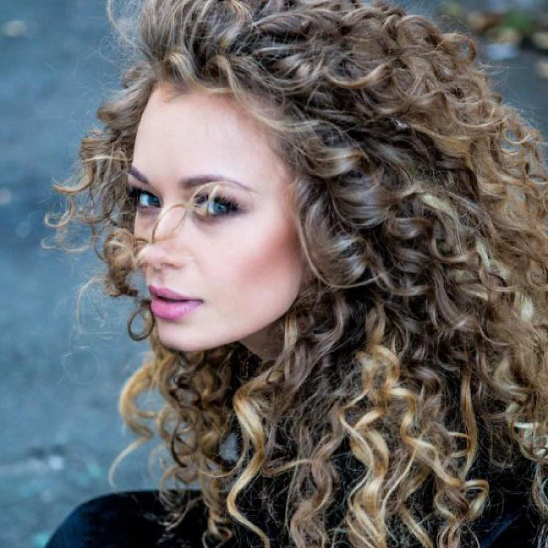 Певица Яна Соломко