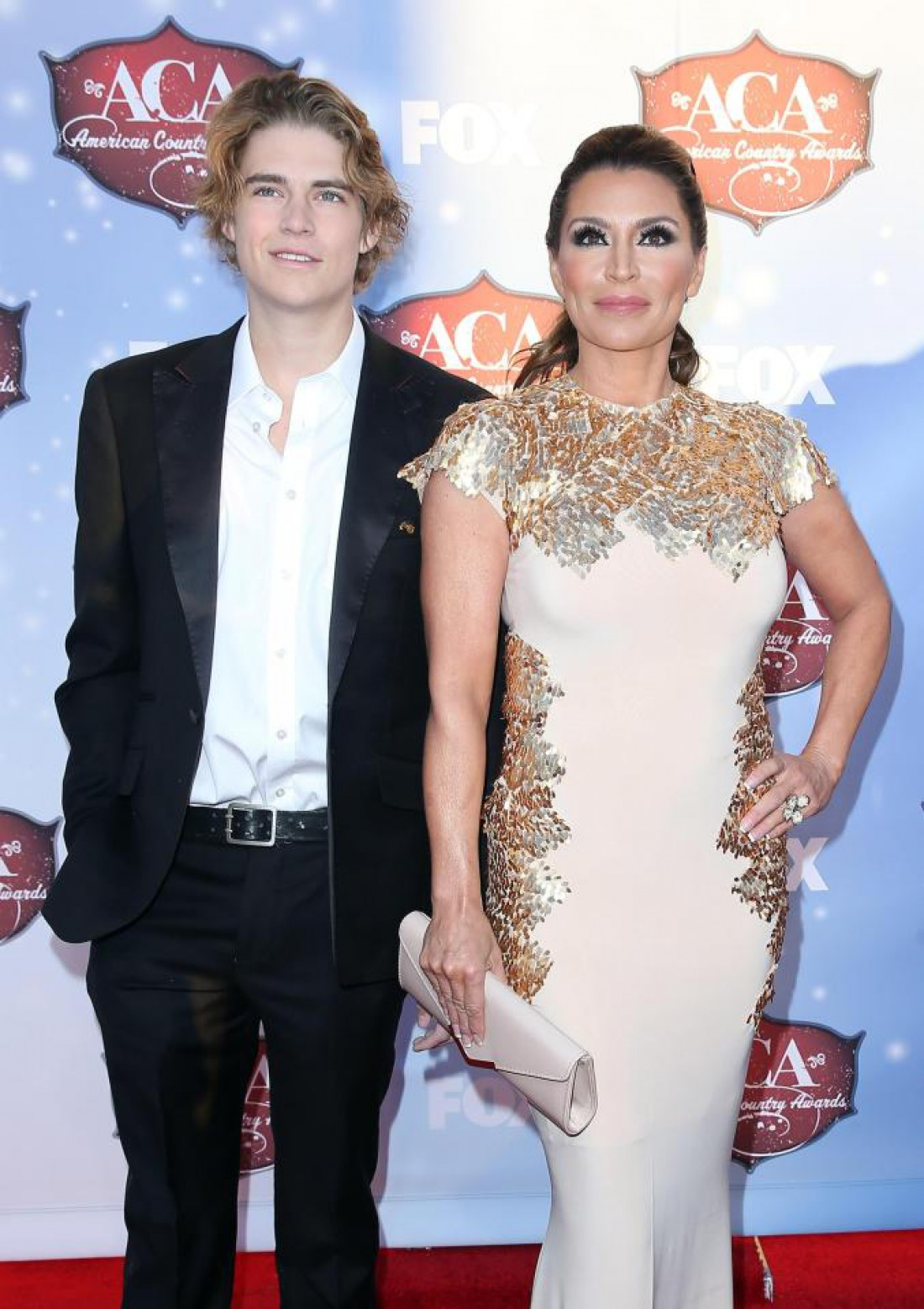 Николас с мамой Дарси ЛаПьер
