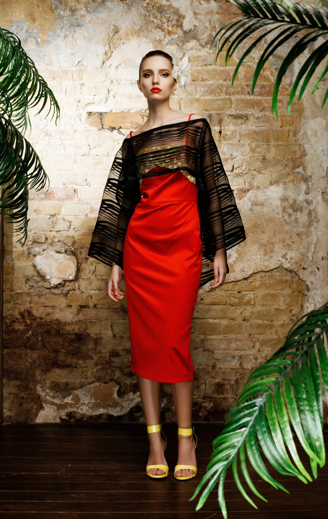 Красное платье от Gosha Altshuler украсит твой день святого Валентина