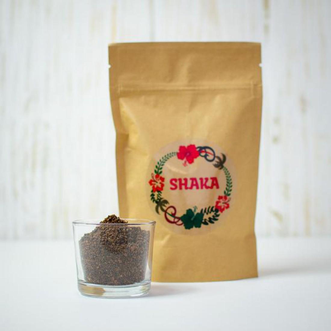 Конопляный кофейный скраб Shaka сохраняет молодость кожи и помогает ей