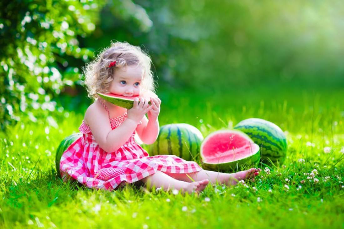 Можно ли детям фрукты