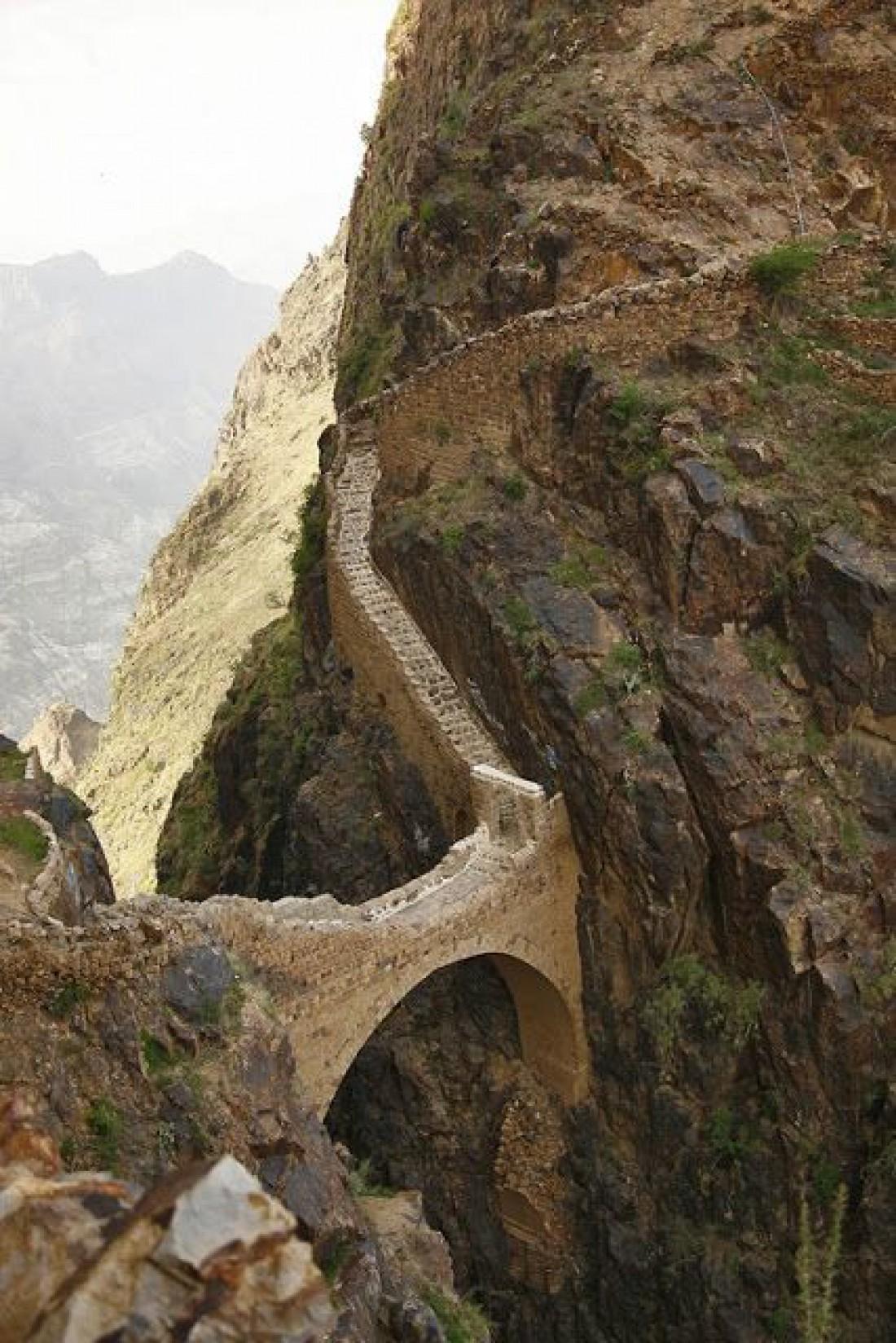 Мост в деревне Шихара