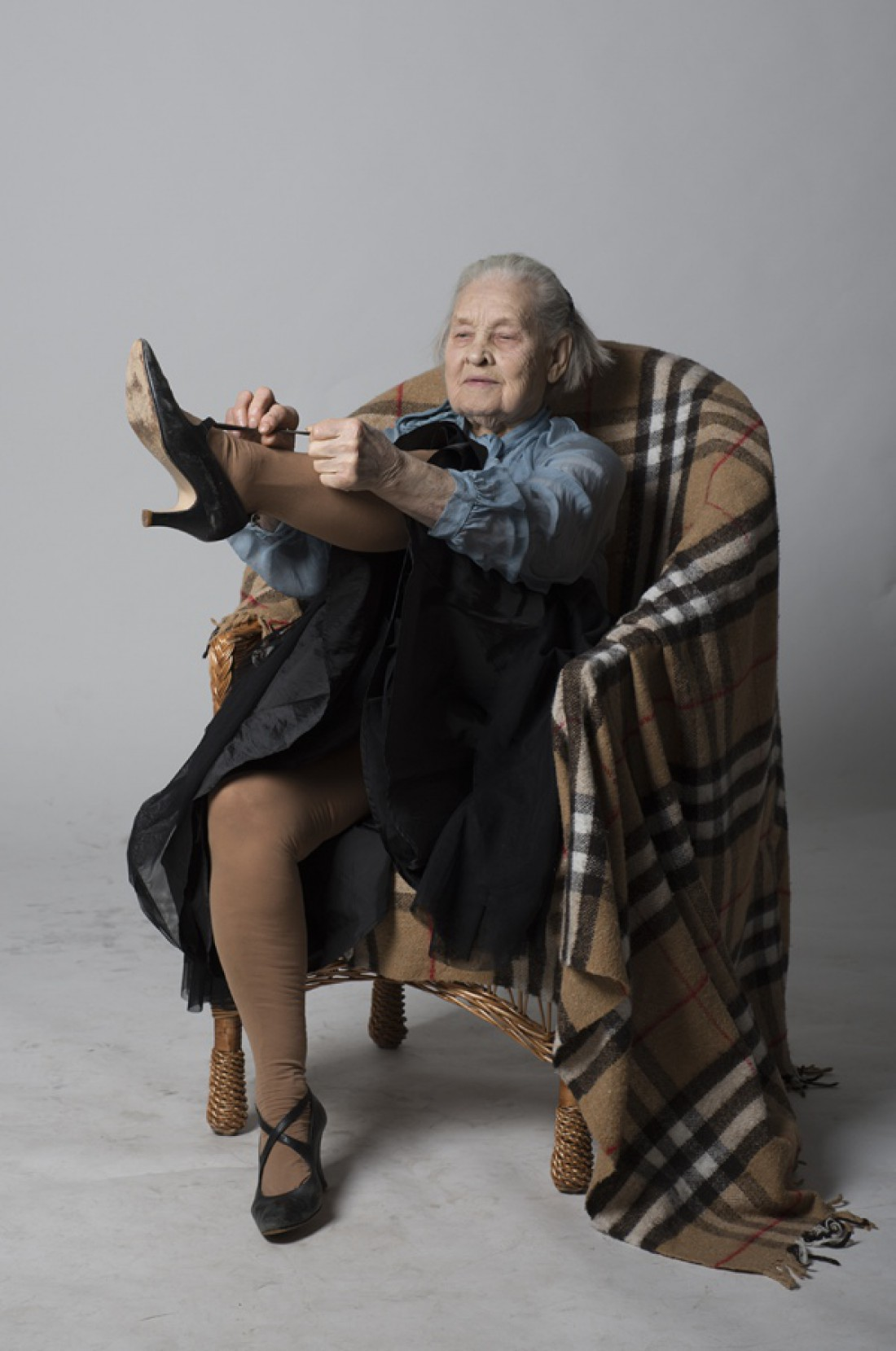 91-летняя киевлянка вдохновила фотографа на создание проекта Старость