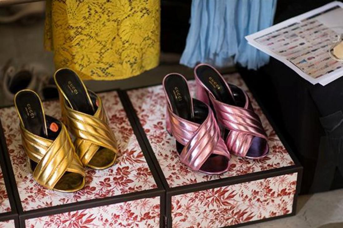 Современные туфли-мюли