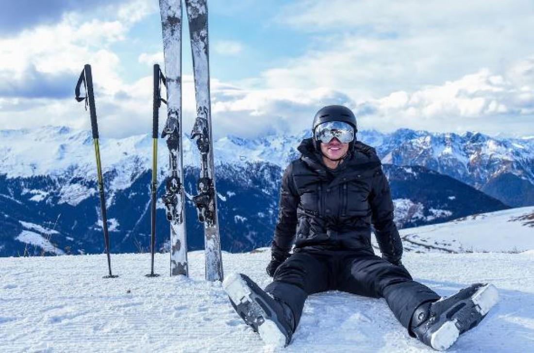 Абдул Матин увлекается горнолыжным спортом