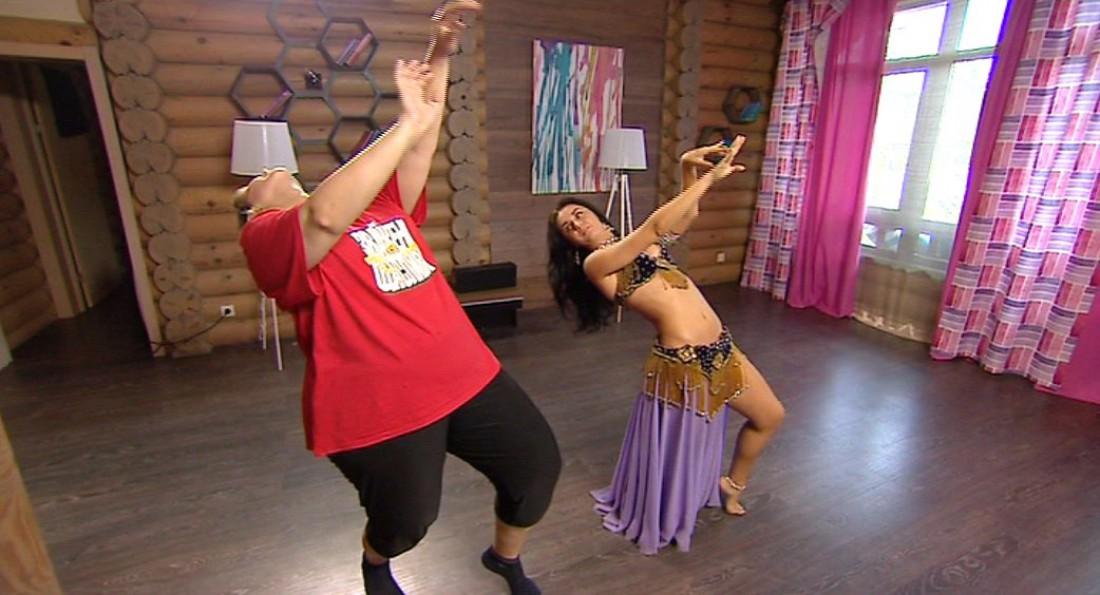Зважені та щасливі 6 сезон: Алена выбрала танец с питоном