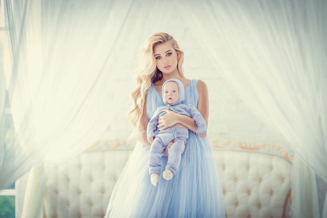 Жена и сын Николая Тищенко