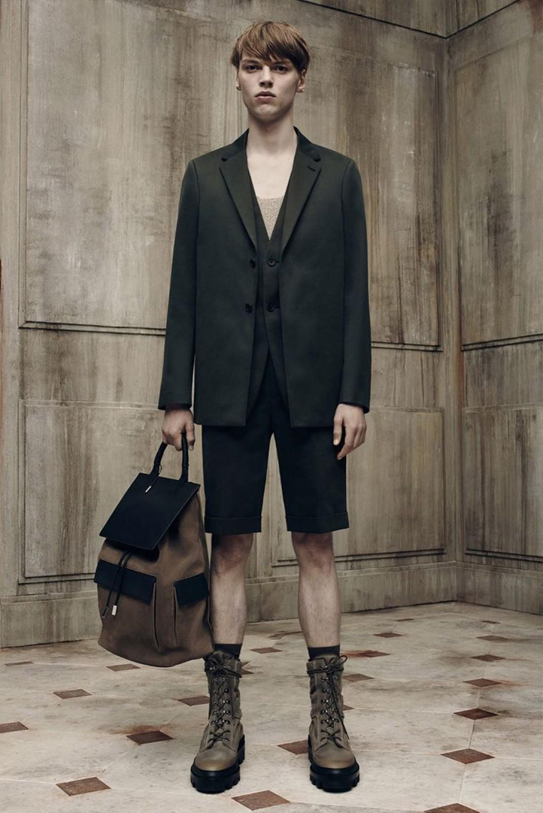 Balenciaga запускают мужскую коллекцию