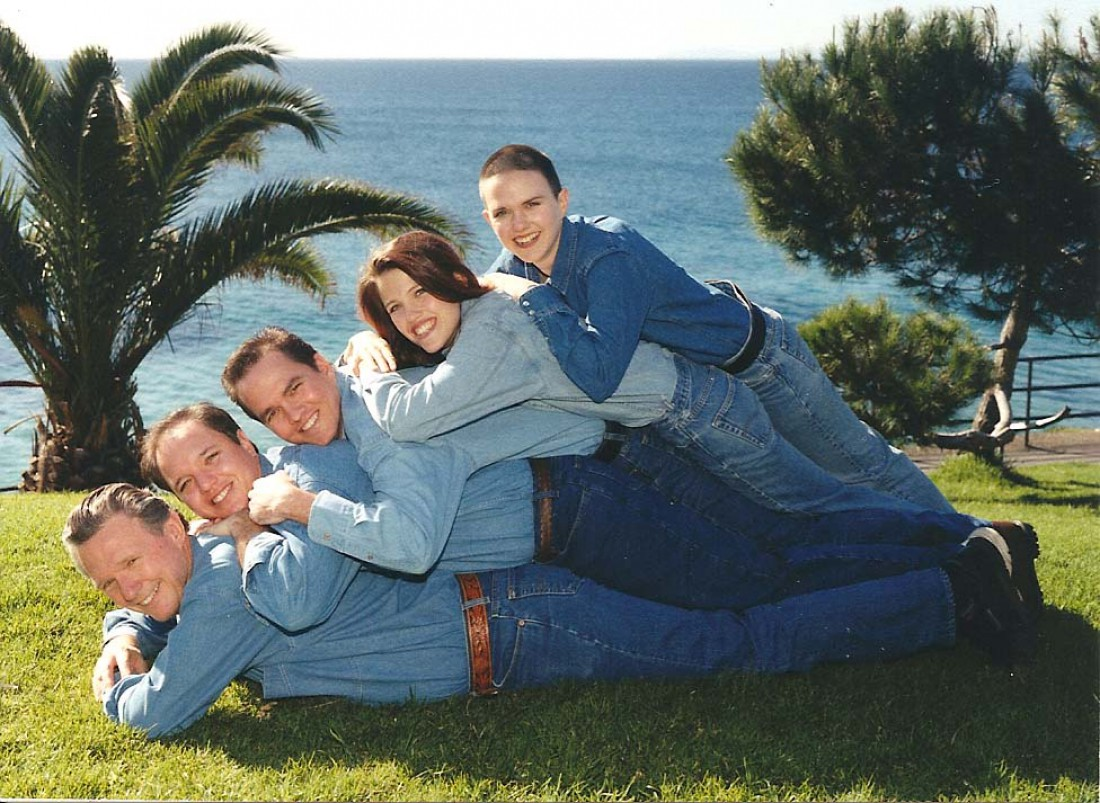 Примеры странных семейных фото