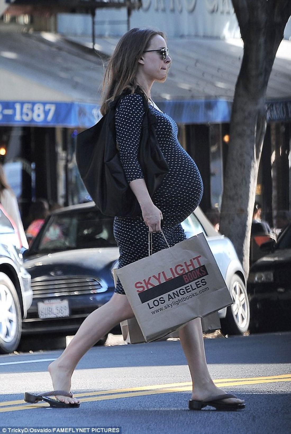 Натали Портман после шопинга