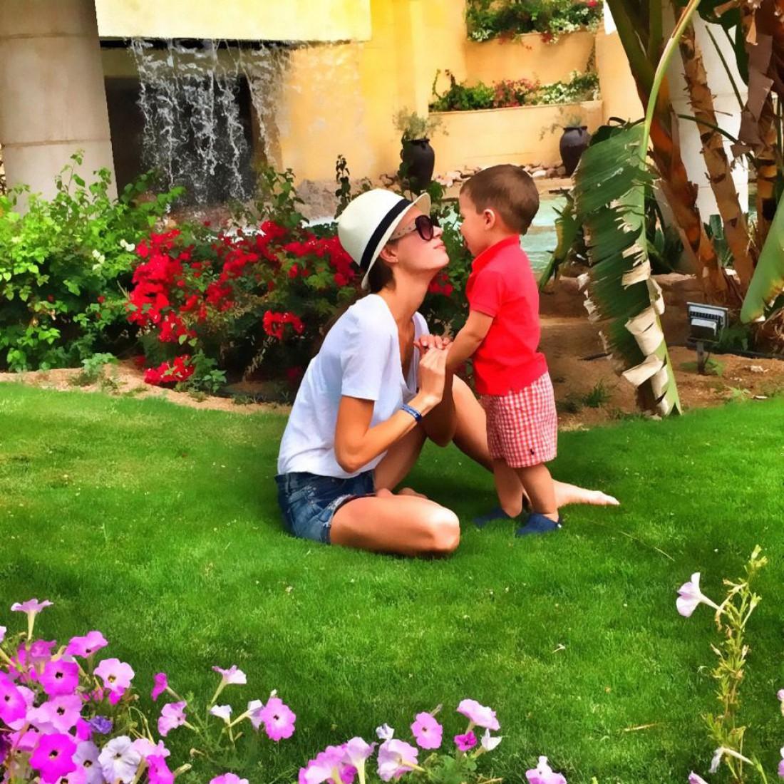 Жена Гриши Решетника с сыном