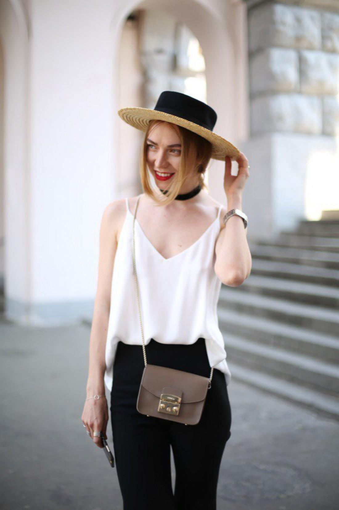 Шляпа от Сvetkova flora