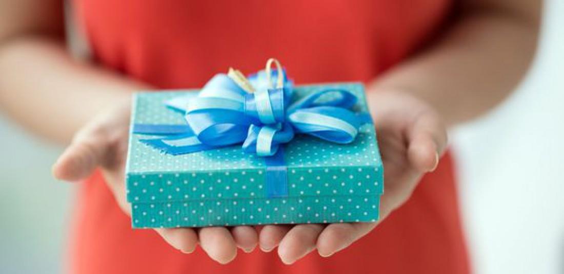 Подарок для босса: ТОП-8 небанальных идей