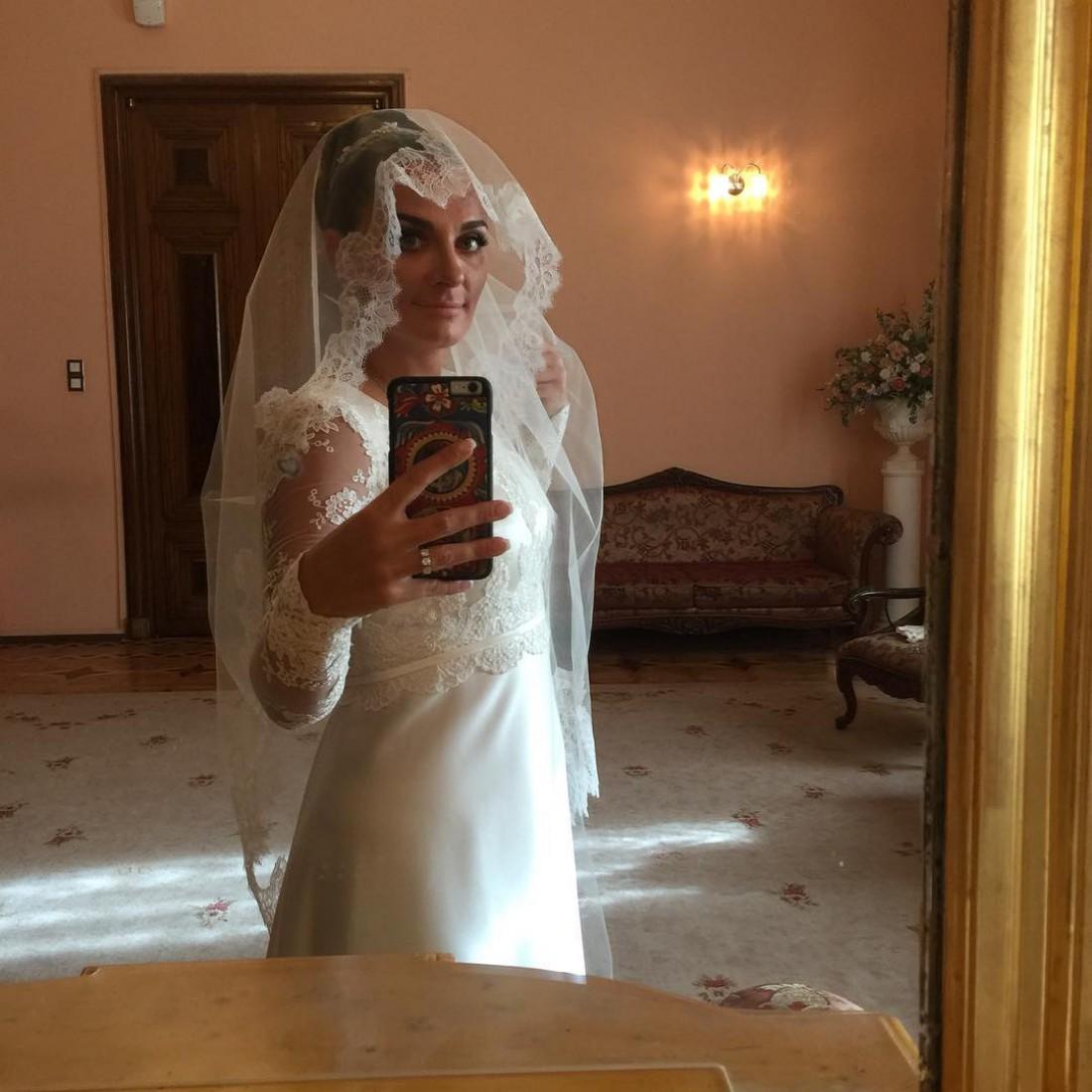 Елена Ваенга вышла замуж