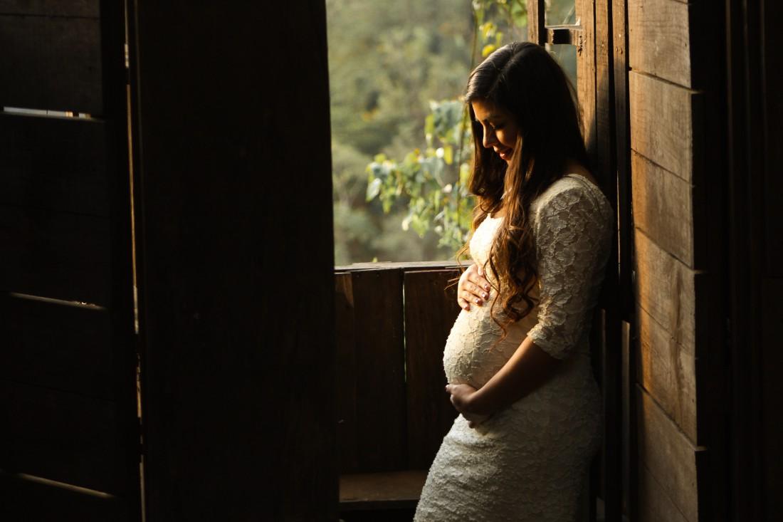 Как одеваться, чтобы скрыть беременность