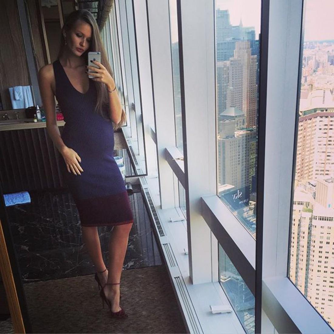 Кристина опубликовала фото, на котором заметно, что она беременна.