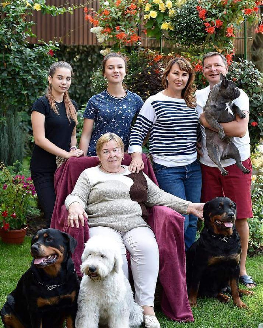 Олег Ляшко с семьей