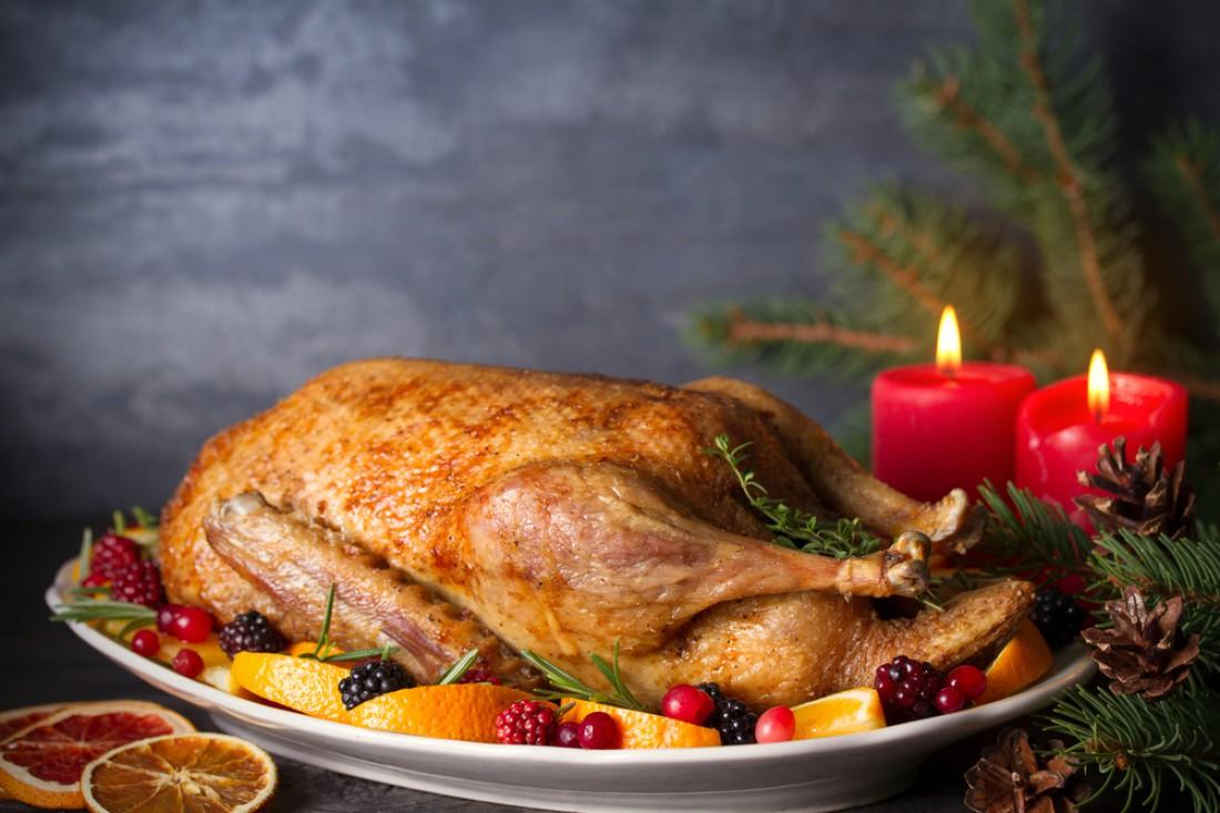 Фаршированная утка на Новый год: Рецепты начинок и полезные лайфхаки