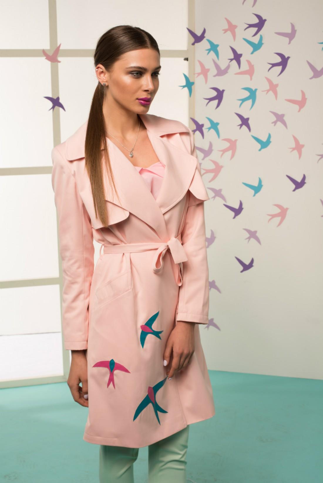 Розовый тренч от украинского бренда The Lace