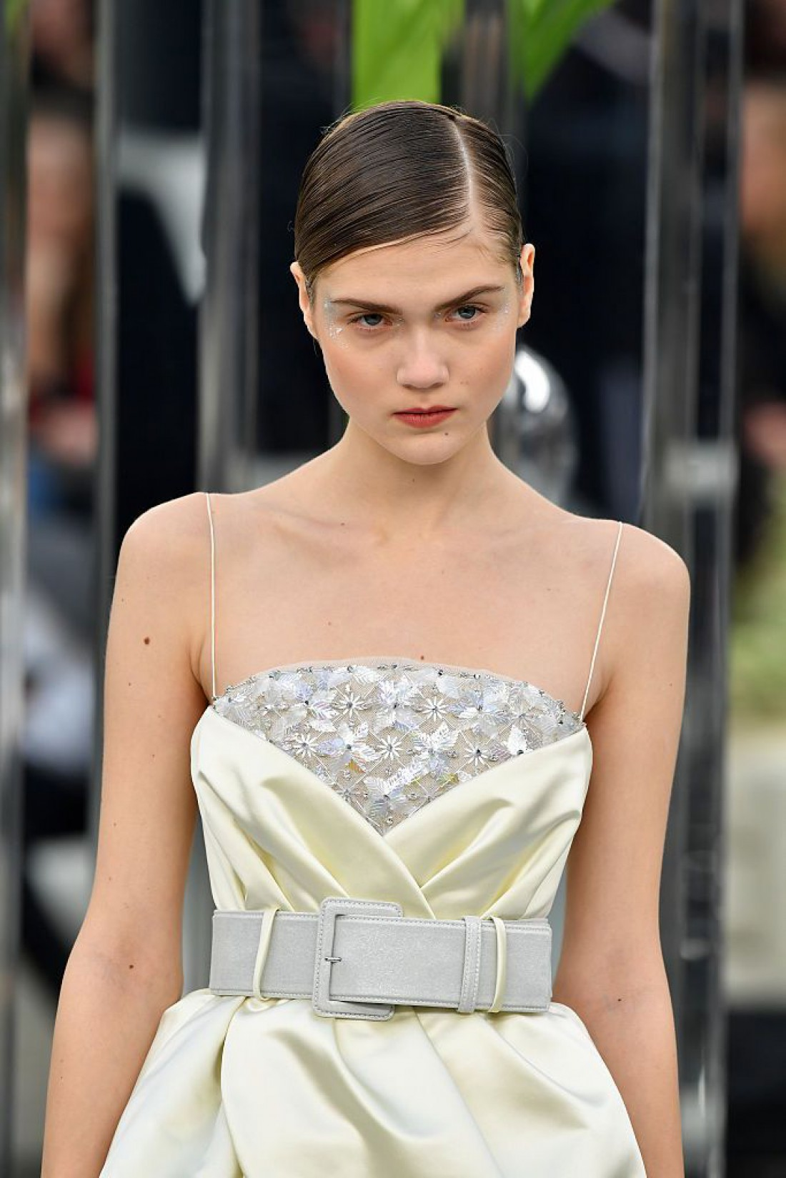 Украинская модель Елизавета Пенцарская на показе Chanel