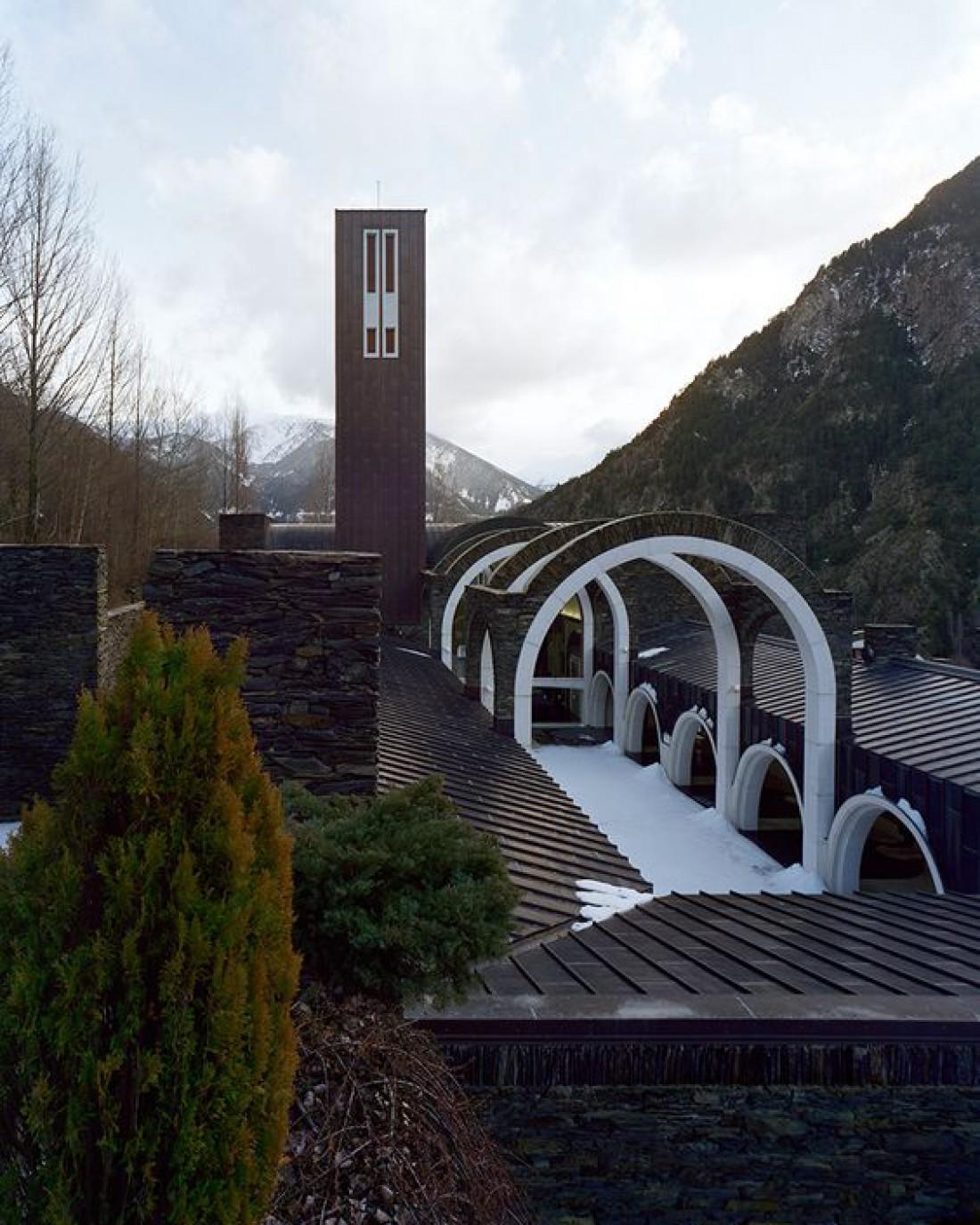 Меритксель - сооружение, посвященное покровительнице Андорры