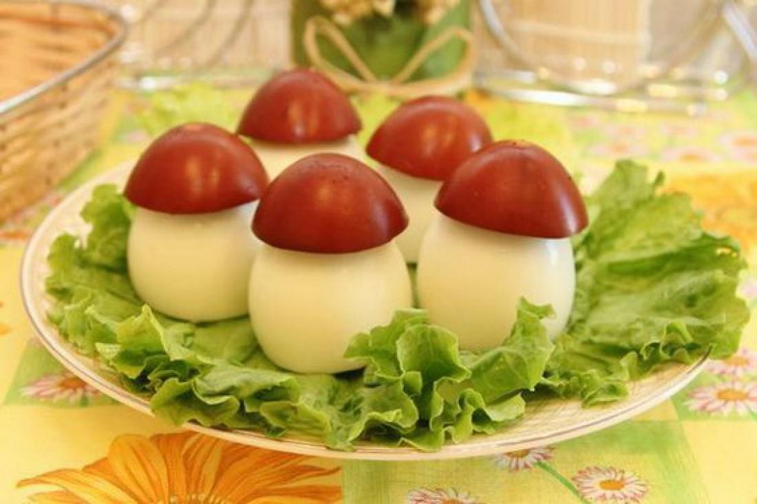 Что приготовить детям на Пасху: Грибочки из яиц