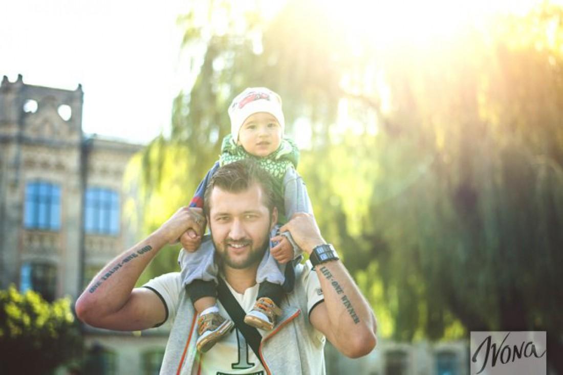 Тамерлан с сыном для проекта Суперпапа на Ivona